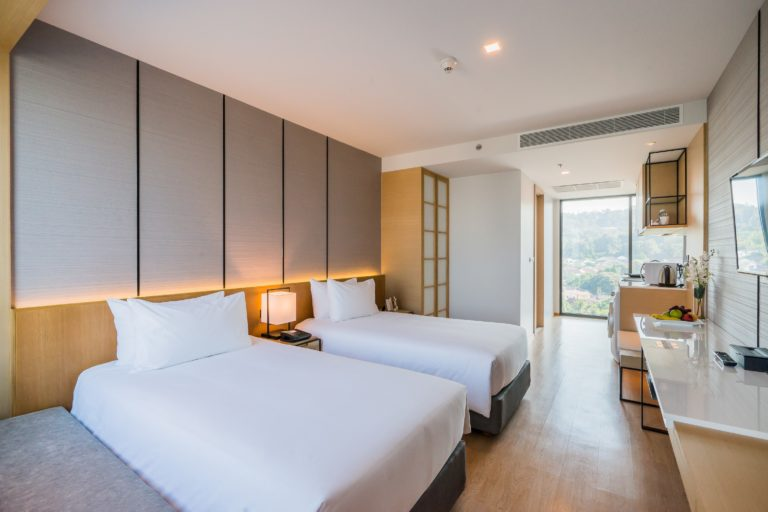 Arize Hotel Sriracha : Junior Suite