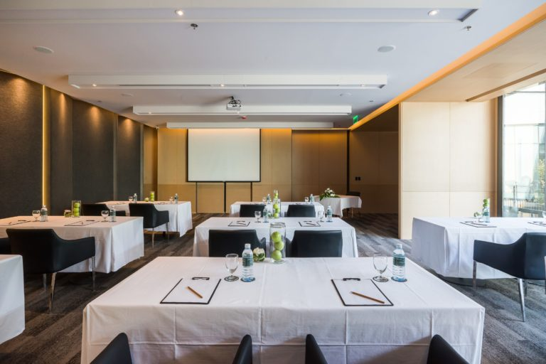 Arize Hotel Sriracha : Meeting & Events